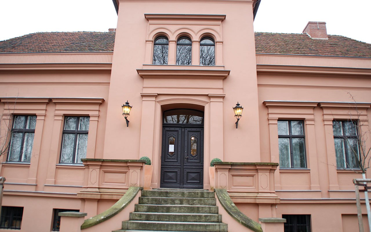 Gruenderzeitmuseum-im-Gutshaus-Mahlsdorf-1