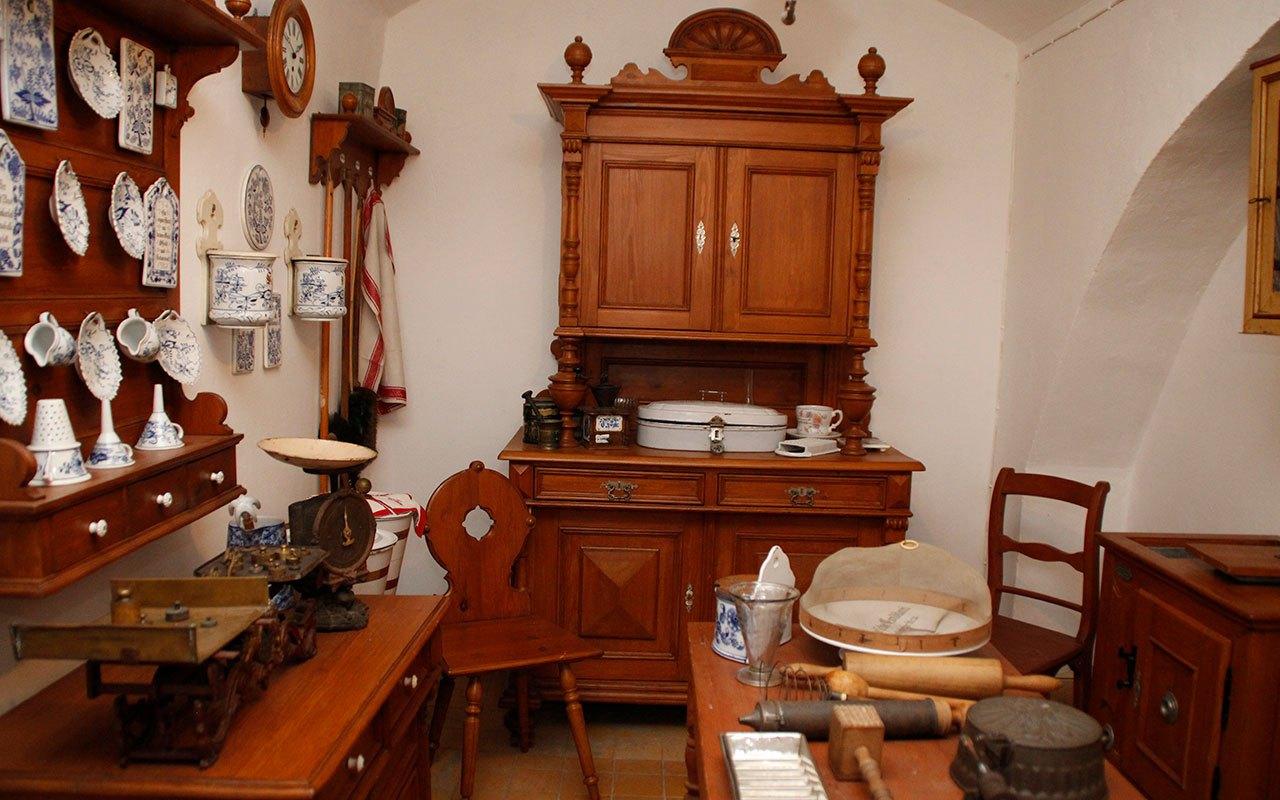 Gruenderzeitmuseum-im-Gutshaus-Mahlsdorf-9
